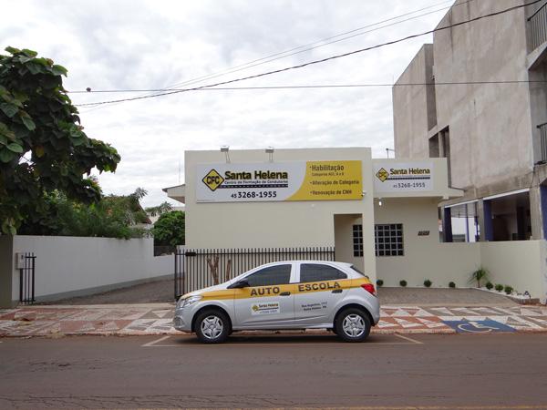 http://www.correiodolago.com.br/clientes/cfcsantahelena/fotos/1%20(5).jpg